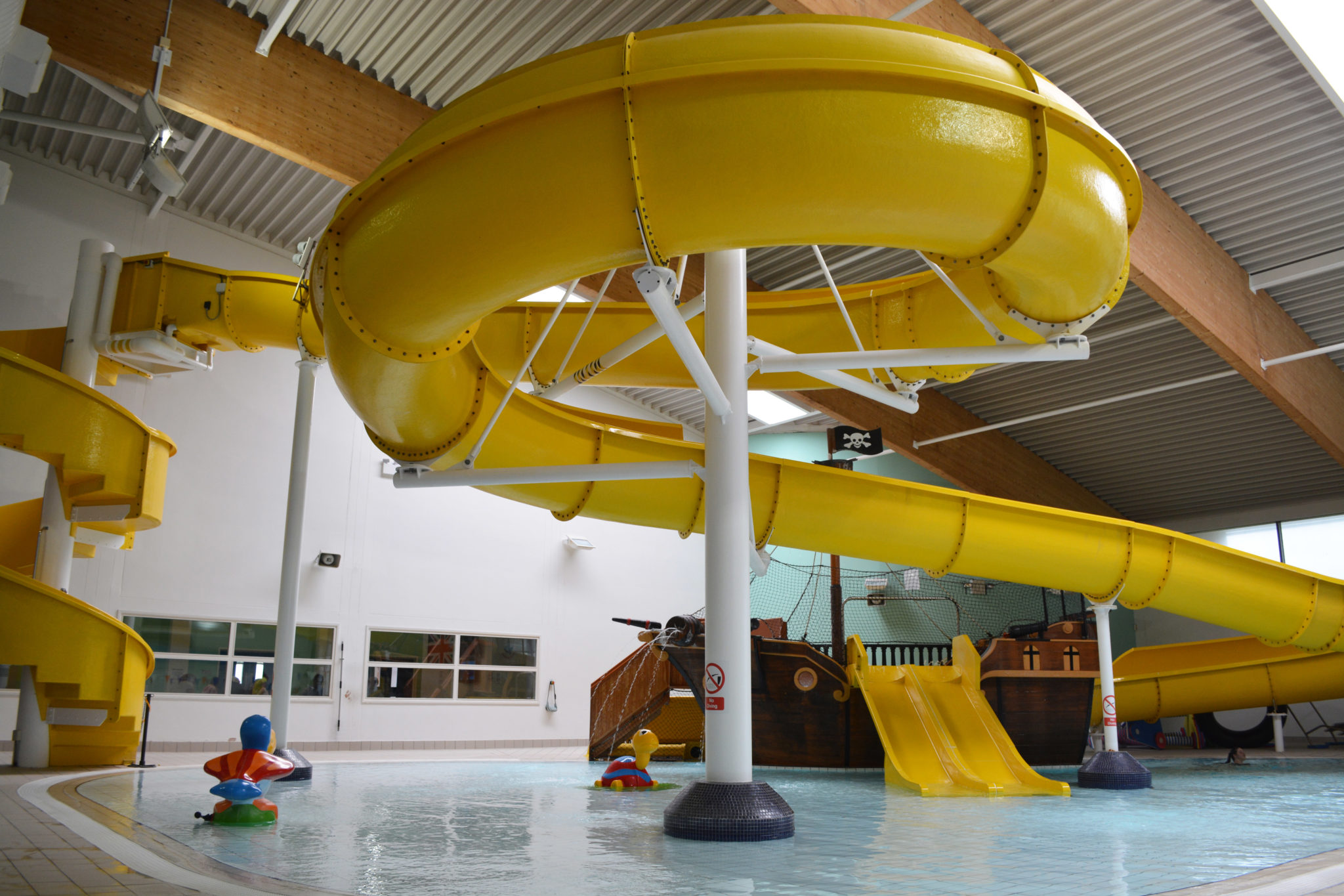 Leisure centre in louth meridian leisure centre magna vitae for Horncastle swimming pool opening times