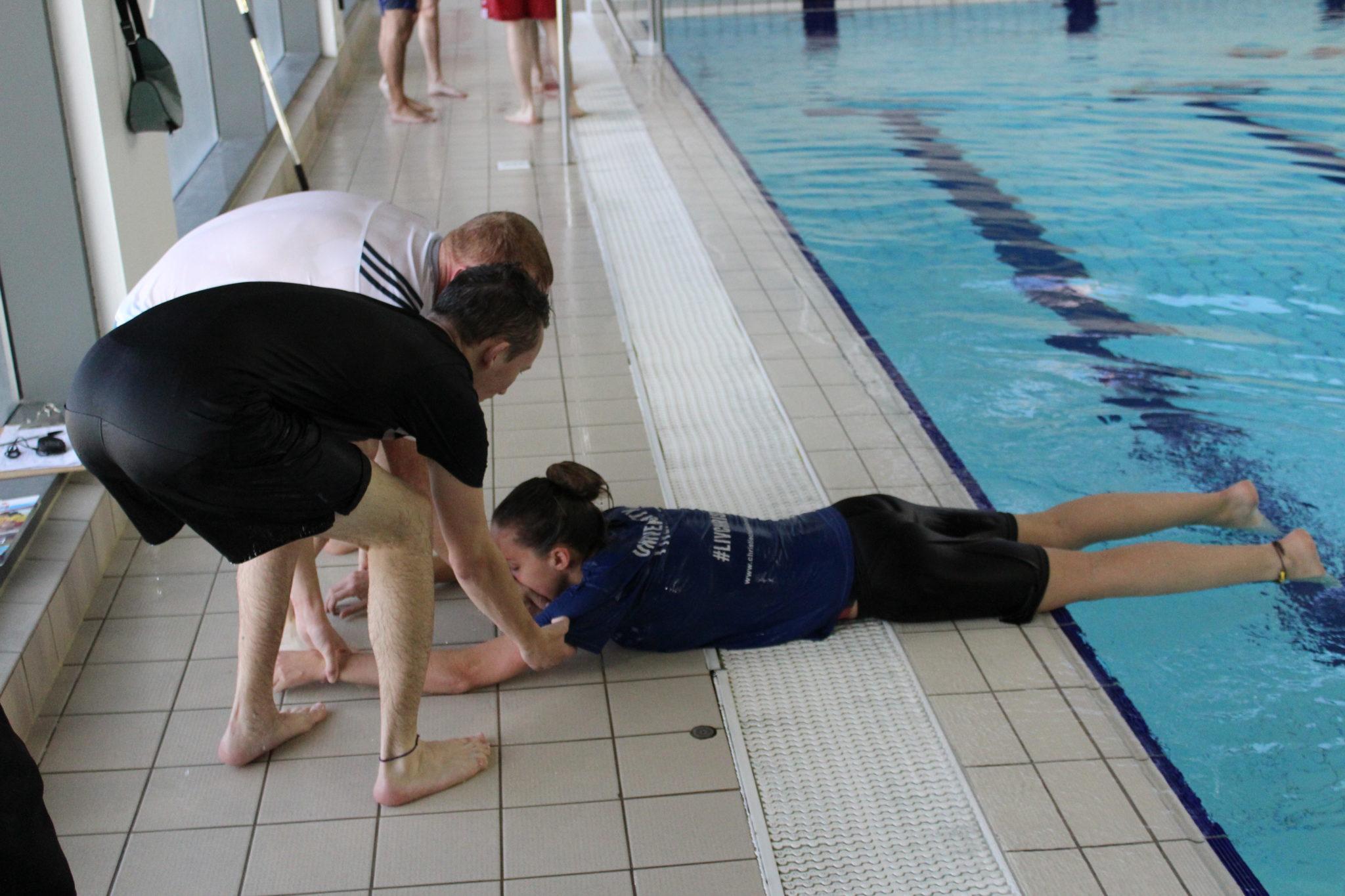 Pool Lifeguard Magna Vitae
