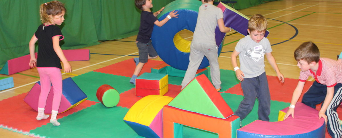 Holiday Activities, Meridian Leisure Centre, Louth, Lincolnshire, Sports, Crafts